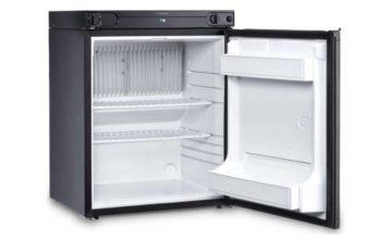фото маленького холодильника