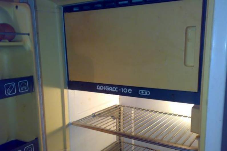 Приняв для себя решение, купить старый холодильник